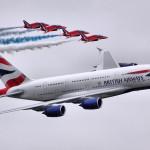 Flugliðar fluttir á HSS eftir neyðarlendingu vélar British Airways