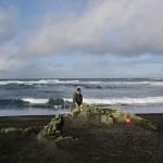 25 erlendir gestir hreinsa strandlengjuna við Grindavík – Öllum velkomið að aðstoða