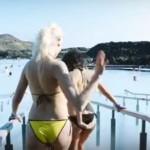 Playboy-fyrirsæta mynduð í Bláa lóninu – Myndband!
